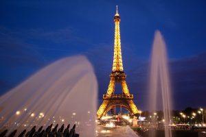 paris-902996_640